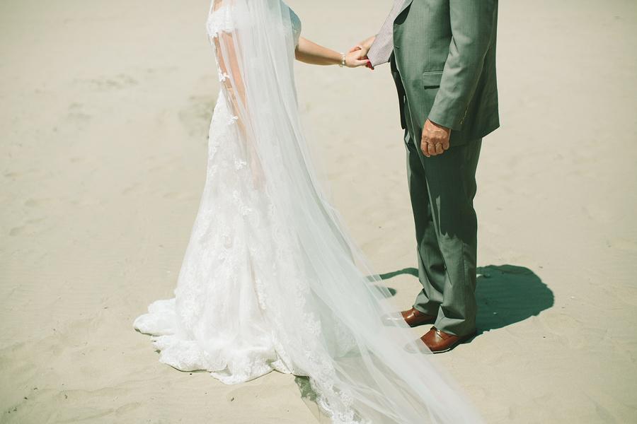 Cannon-Beach-Wedding-012.JPG