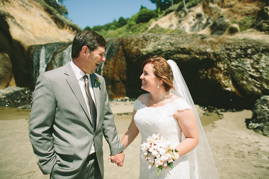 Cannon-Beach-Wedding-015.JPG