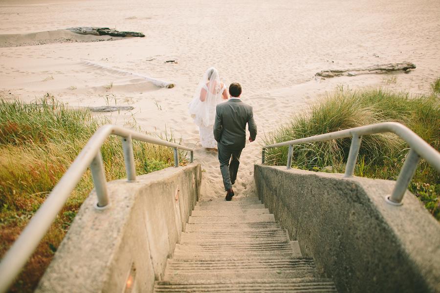 Cannon-Beach-Wedding-039.JPG