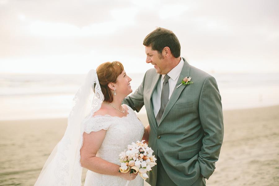 Cannon-Beach-Wedding-048.JPG