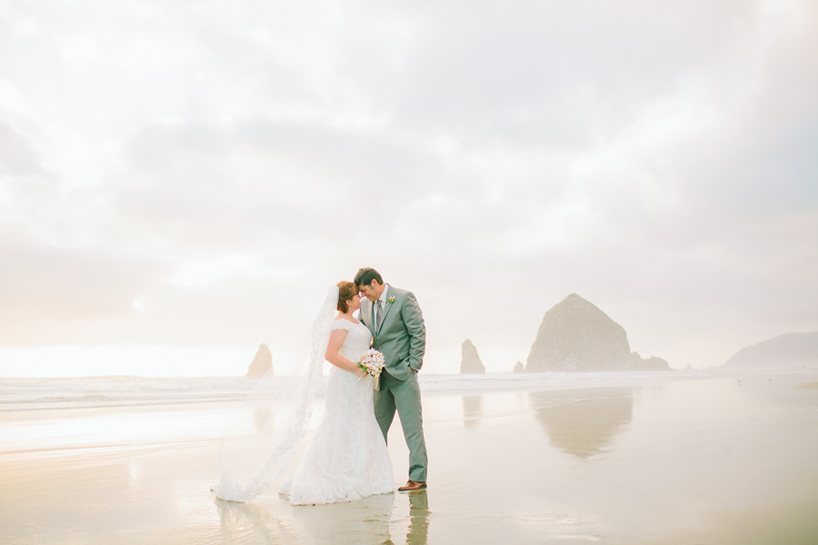 Cannon-Beach-Wedding-050.JPG