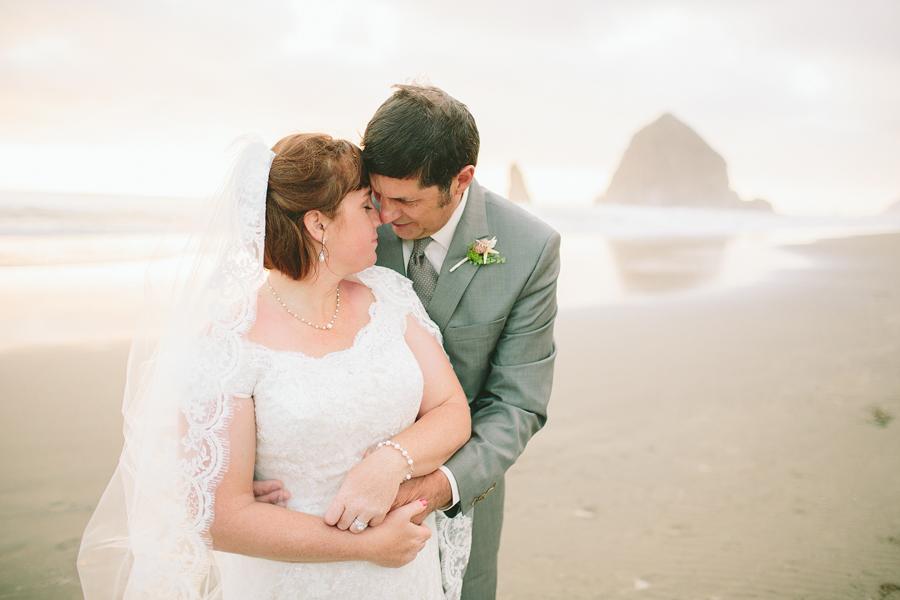 Cannon-Beach-Wedding-055.JPG