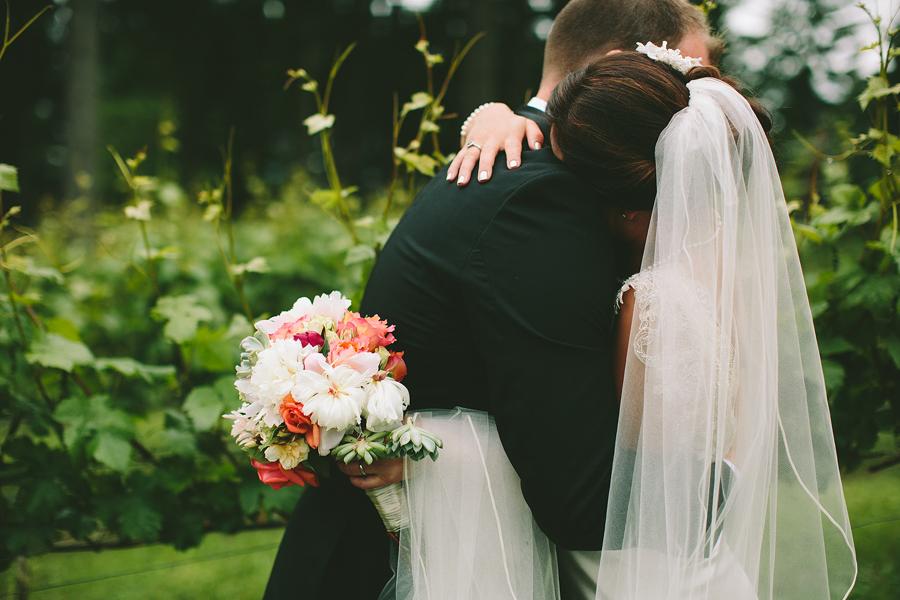 Dundee-Oregon-Wedding-Photographs-55.jpg
