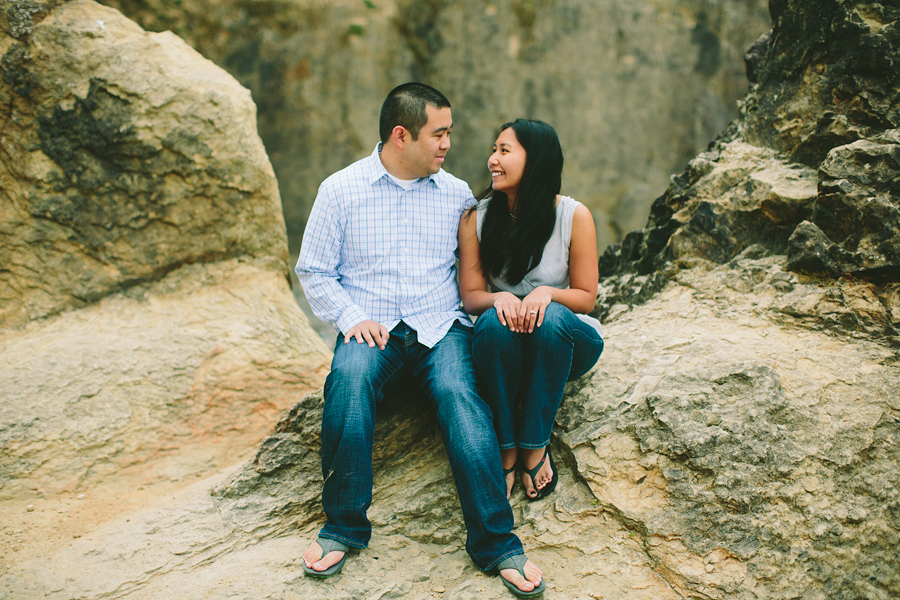 Cannon-Beach-Engagement-Photographs-16.jpg