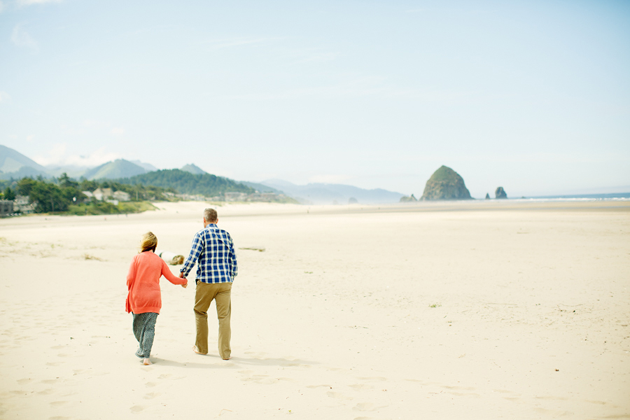 Cannon-Beach-Family-Photographs-20.jpg
