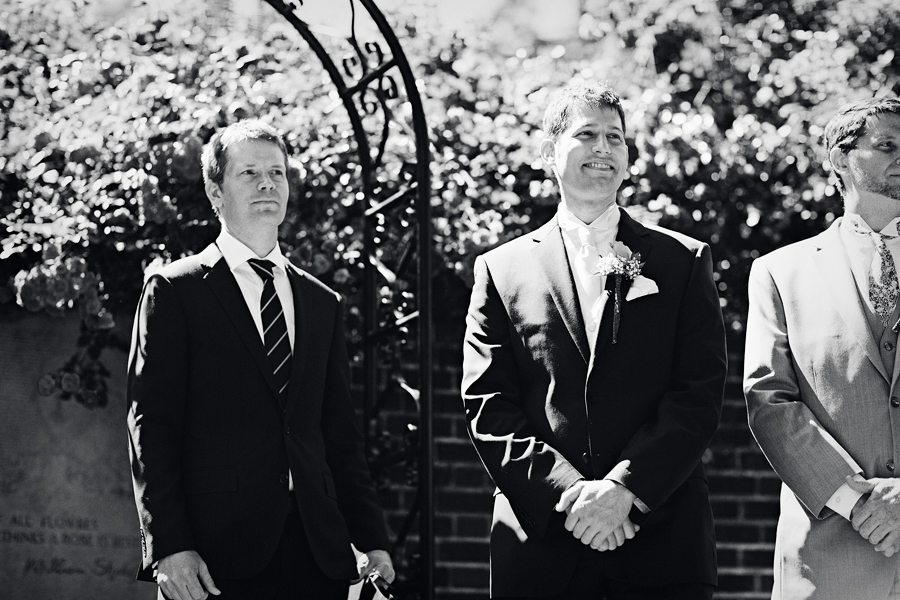 Portland-Rose-Garden-Wedding-Photographs-16.jpg