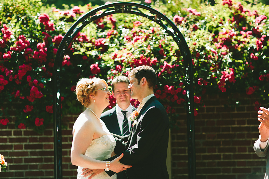 Portland-Rose-Garden-Wedding-Photographs-24.jpg