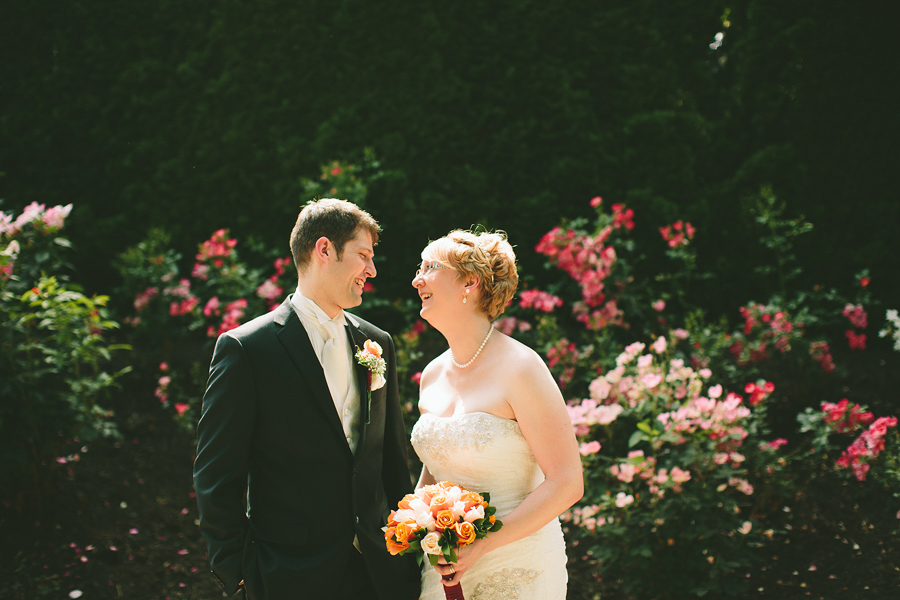 Portland-Rose-Garden-Wedding-Photographs-34.jpg