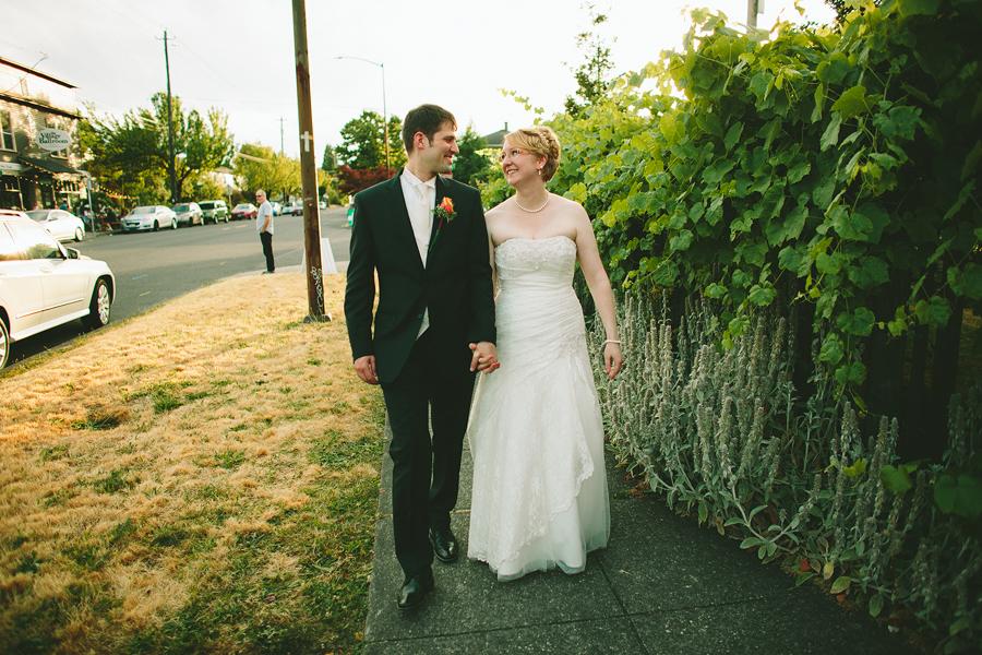 Portland-Rose-Garden-Wedding-Photographs-63.jpg