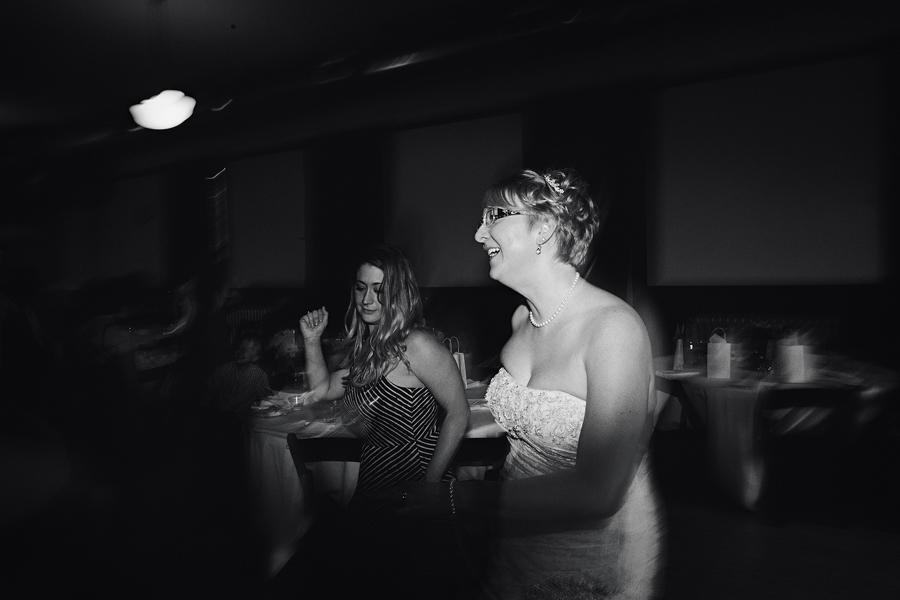 Portland-Rose-Garden-Wedding-Photographs-73.jpg