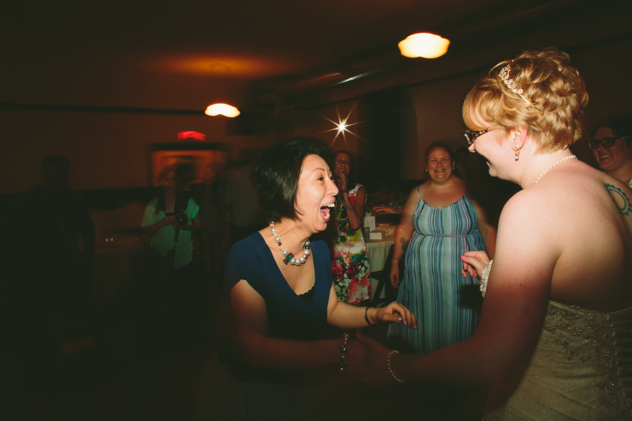 Portland-Rose-Garden-Wedding-Photographs-84.jpg