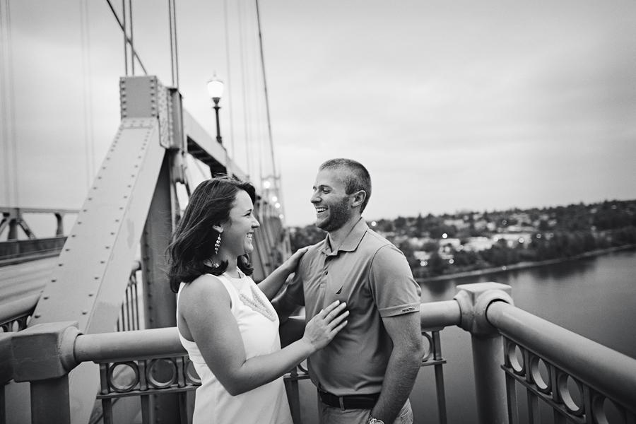St-Johns-Bridge-Engagement-Photographs-4.jpg