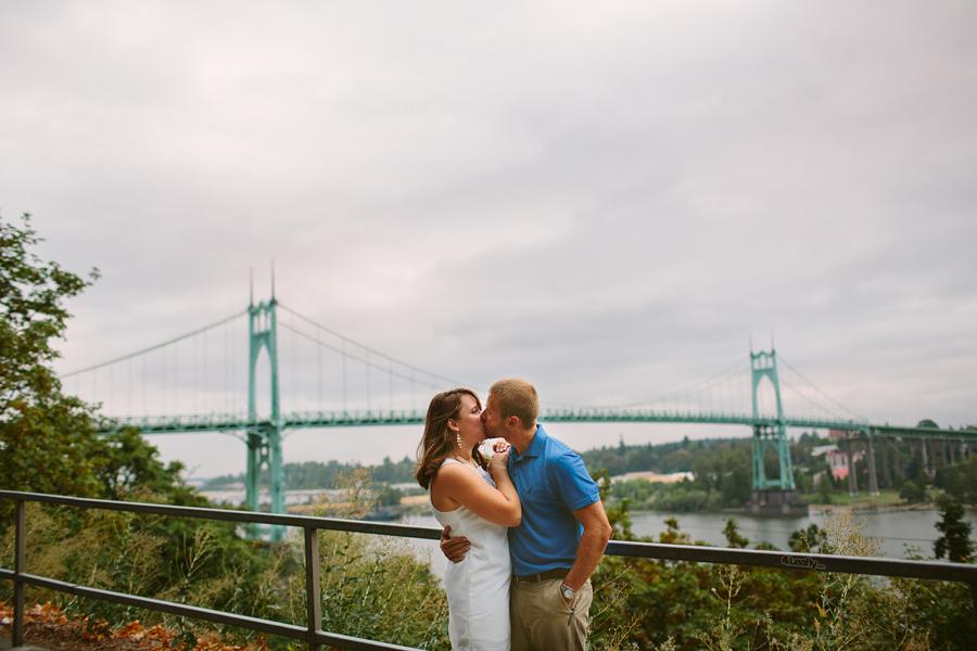 St-Johns-Bridge-Engagement-Photographs-12.jpg