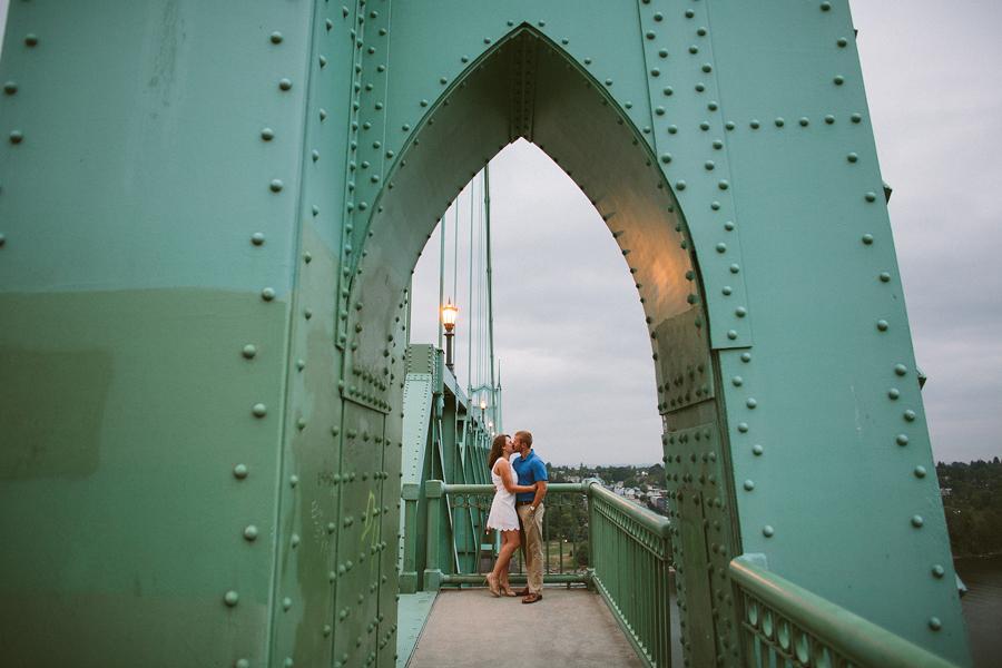 St-Johns-Bridge-Engagement-Photographs-14.jpg