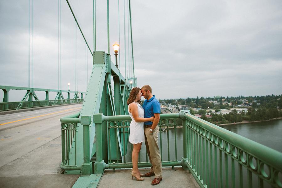 St-Johns-Bridge-Engagement-Photographs-17.jpg