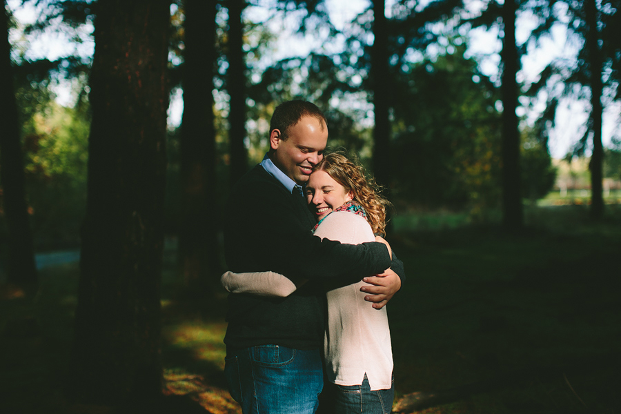 Oregon-Garden-Engagement-Photographs-6.jpg