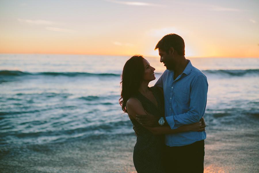 Santa-Monica-Pier-Engagement-Photographs-15.jpg