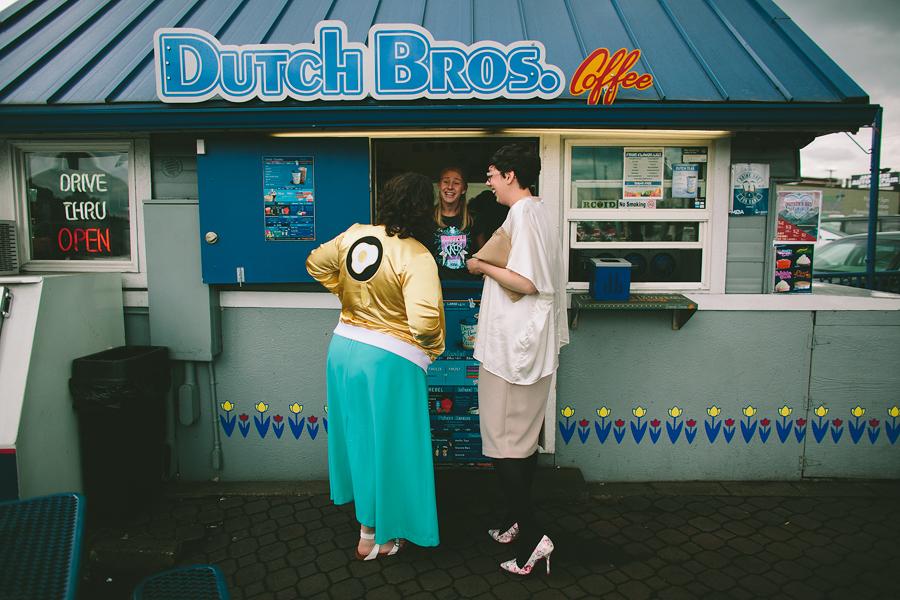 Voodoo-Donuts-Wedding-25.jpg