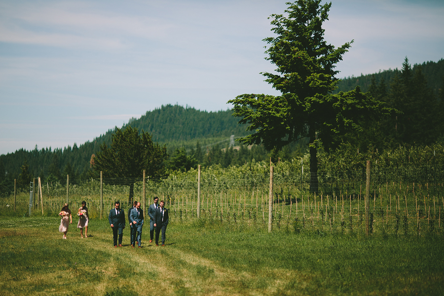 Mt-Hood-Organic-Farms-Wedding-28.jpg