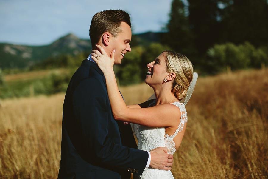 Mt-Hood-Bed-and-Breakfast-Wedding-Photos-9.jpg