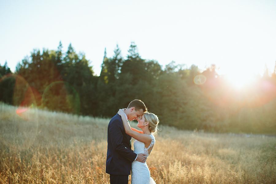 Mt-Hood-Bed-and-Breakfast-Wedding-Photos-13.jpg