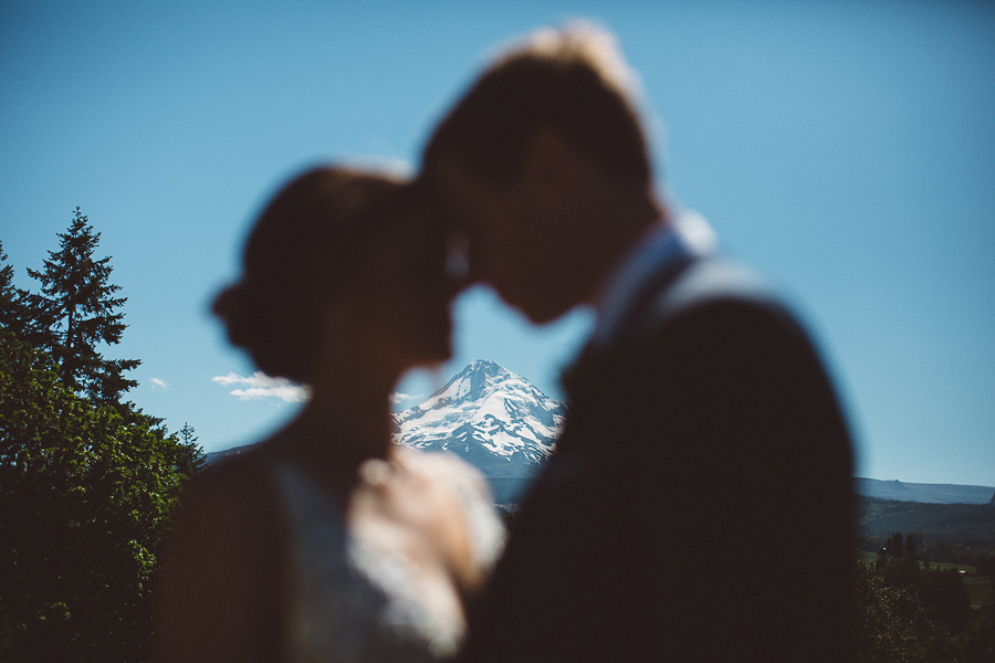 Mt-Hood-Wedding-Organic-Farms-Wedding-Photographs-25.jpg