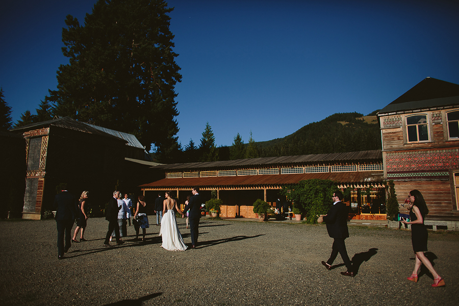 Mt-Hood-Wedding-Organic-Farms-Wedding-Photographs-77.jpg
