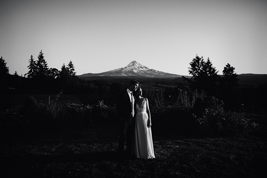 Mt-Hood-Wedding-Organic-Farms-Wedding-Photographs-97.jpg