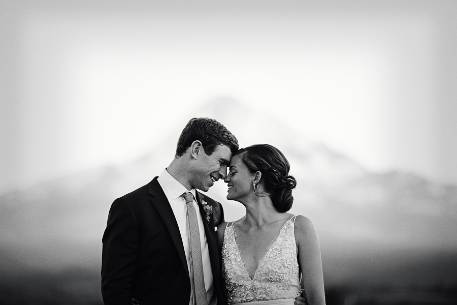 Mt-Hood-Wedding-Organic-Farms-Wedding-Photographs-103.jpg