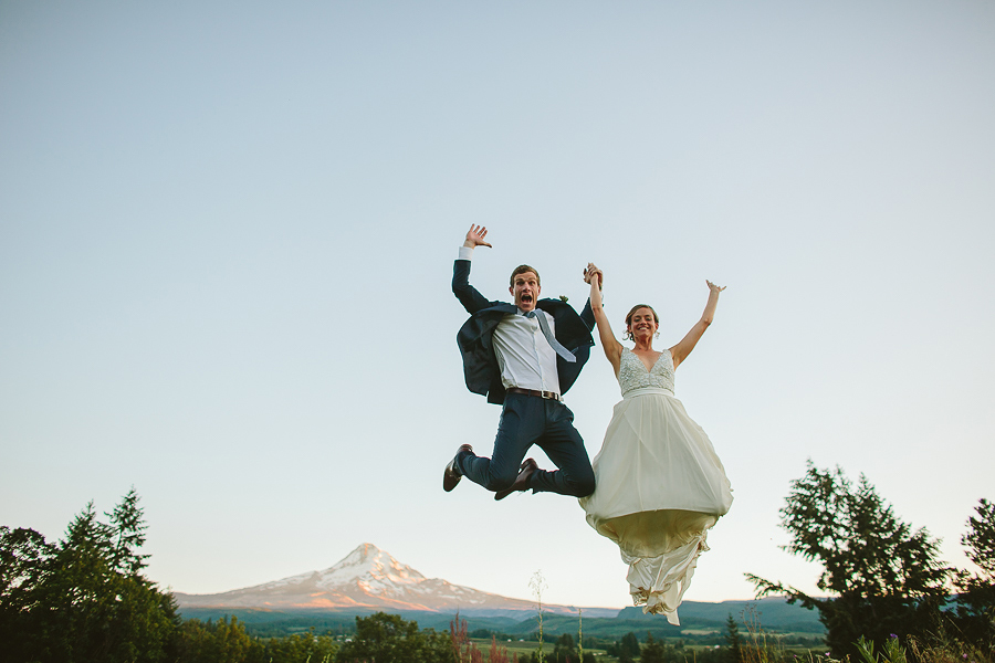 Mt-Hood-Wedding-Organic-Farms-Wedding-Photographs-102.jpg