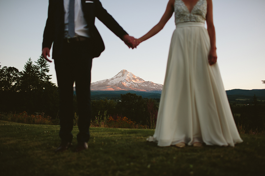Mt-Hood-Wedding-Organic-Farms-Wedding-Photographs-104.jpg