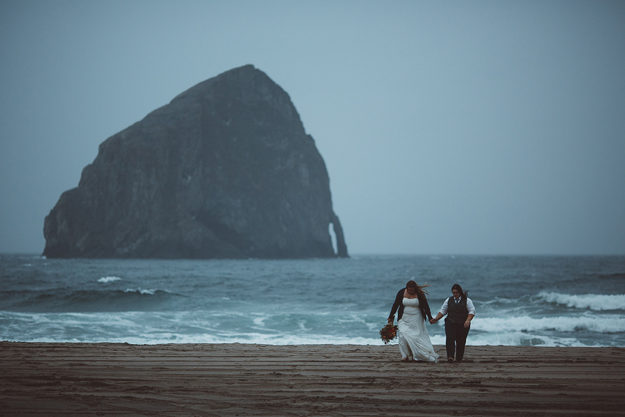 Pacific-City-Wedding-Photographs-13.jpg