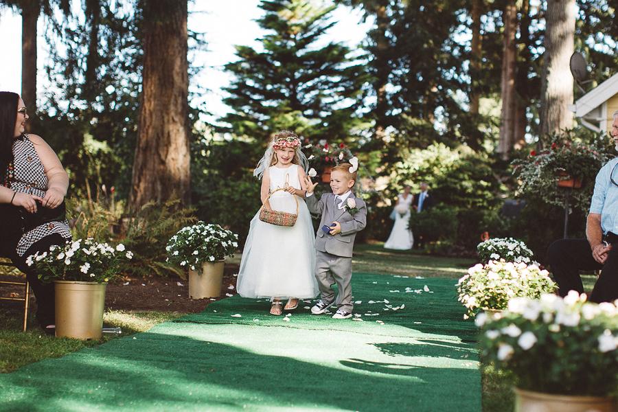 Willamette-Valley-Wedding-Photographs-55.jpg