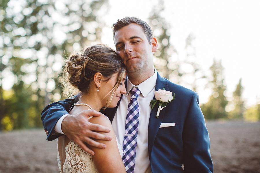 Willamette-Valley-Wedding-Photographs-100.jpg