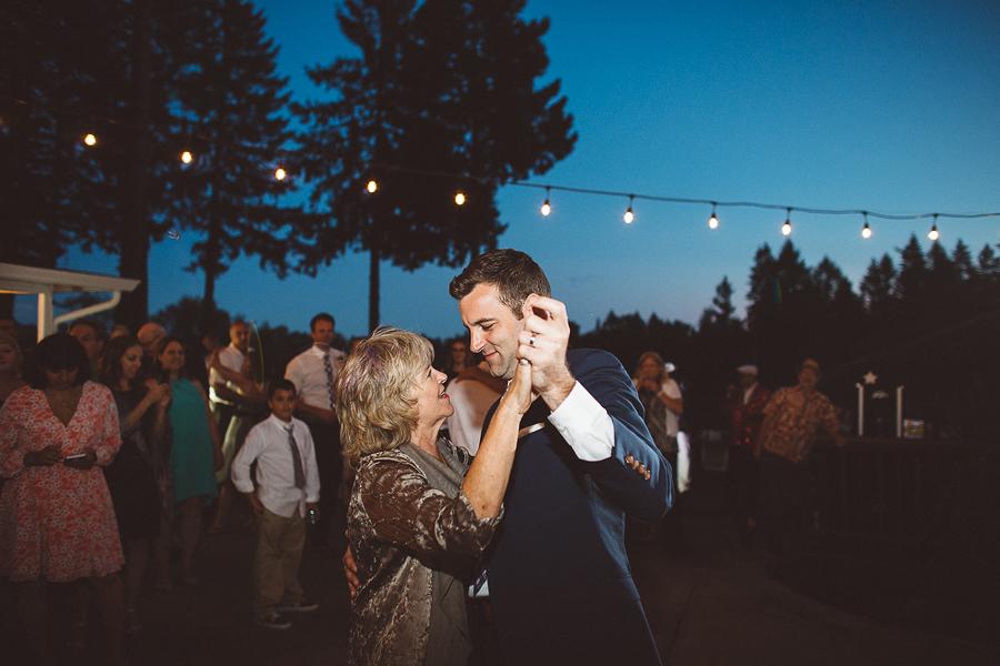 Willamette-Valley-Wedding-Photographs-125.jpg