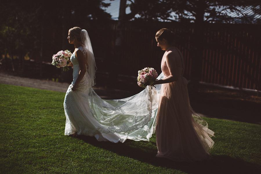 Mt-Hood-Bed-and-Breakfast-Wedding-Photos-57.jpg