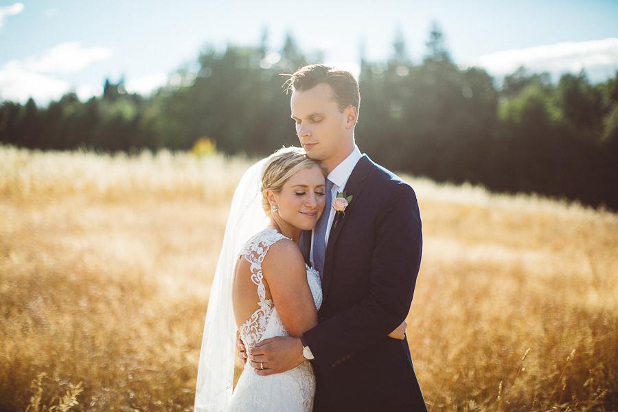 Mt-Hood-Bed-and-Breakfast-Wedding-Photos-73.jpg