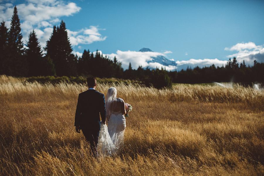 Mt-Hood-Bed-and-Breakfast-Wedding-Photos-76.jpg
