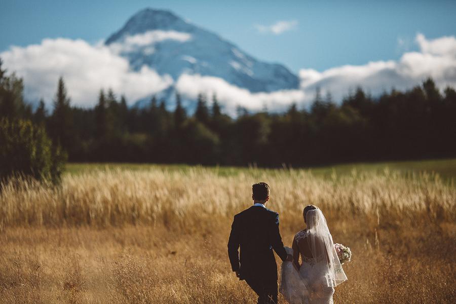 Mt-Hood-Bed-and-Breakfast-Wedding-Photos-78.jpg