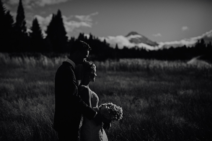 Mt-Hood-Bed-and-Breakfast-Wedding-Photos-77.jpg