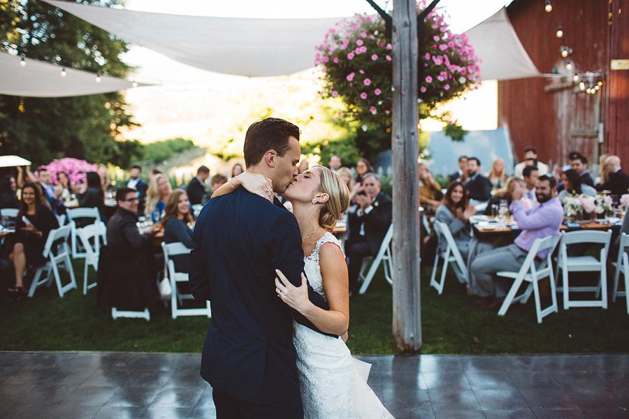 Mt-Hood-Bed-and-Breakfast-Wedding-Photos-99.jpg