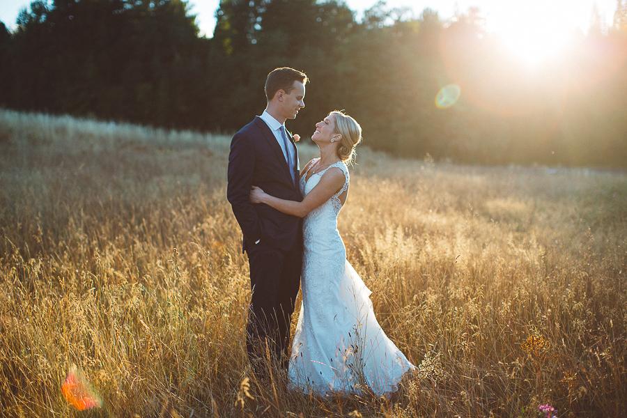 Mt-Hood-Bed-and-Breakfast-Wedding-Photos-106.jpg