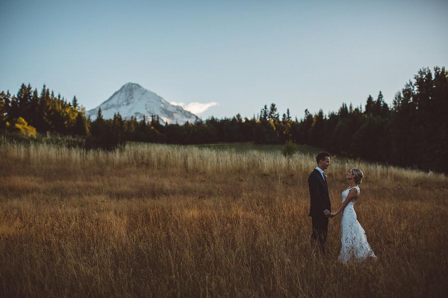 Mt-Hood-Bed-and-Breakfast-Wedding-Photos-118.jpg