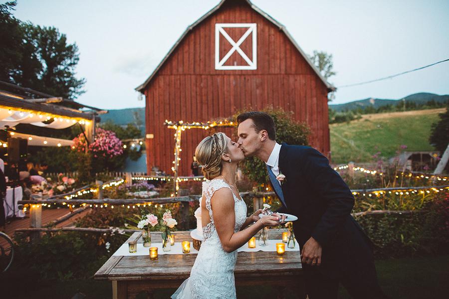 Mt-Hood-Bed-and-Breakfast-Wedding-Photos-131.jpg