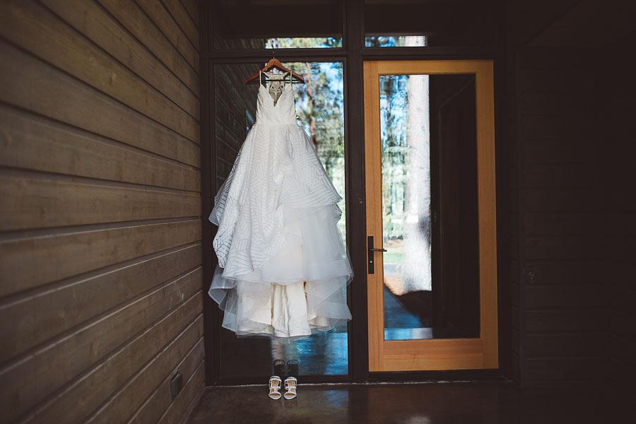 Black-Butte-Ranch-Wedding-Photos-11.jpg