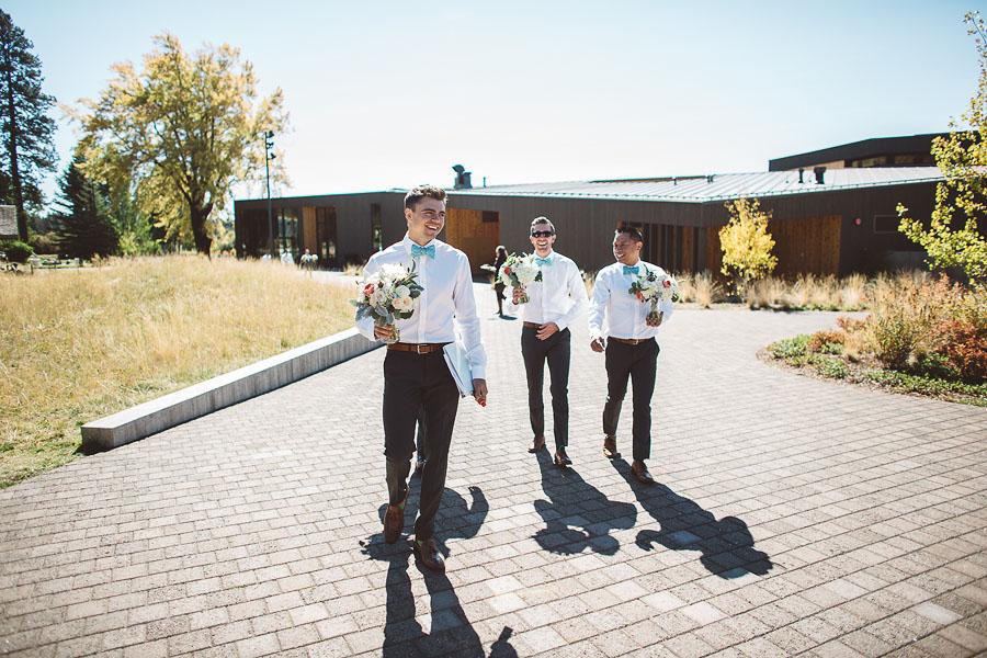 Black-Butte-Ranch-Wedding-Photos-28.jpg
