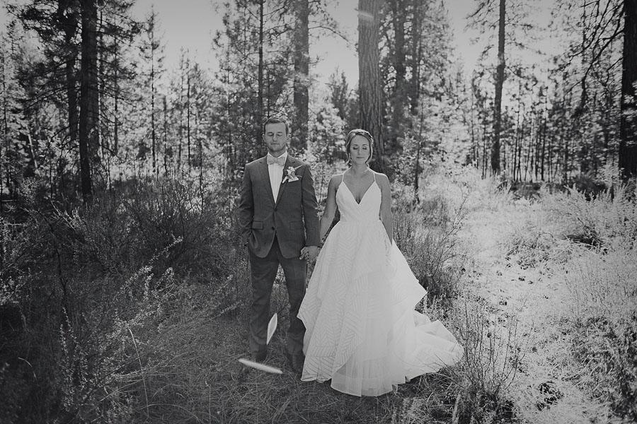 Black-Butte-Ranch-Wedding-Photos-55.jpg