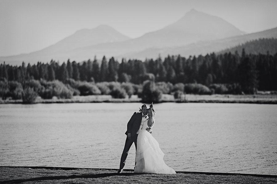 Black-Butte-Ranch-Wedding-Photos-108.jpg