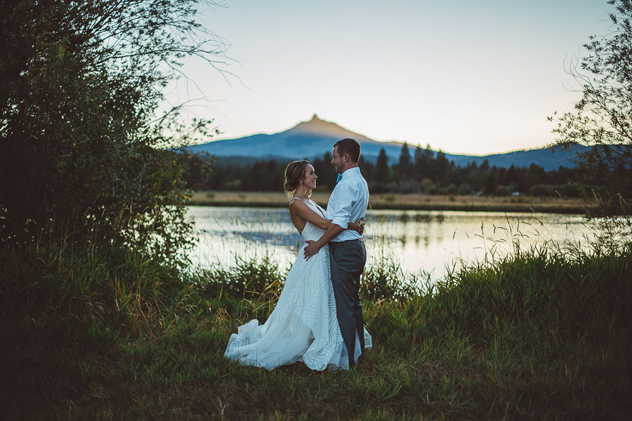 Black-Butte-Ranch-Wedding-Photos-143.jpg