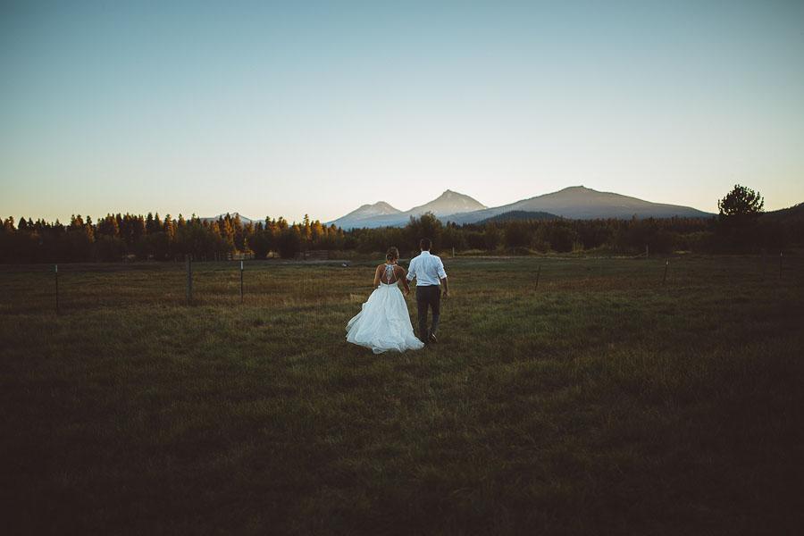 Black-Butte-Ranch-Wedding-Photos-146.jpg